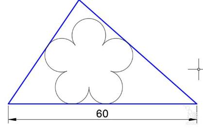 如下图 7,偏移(偏移方式为通过)三角形三条边,偏移到上步骤画的垂直线